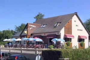 La Presqu'île – Restaurant, Bar, Grill